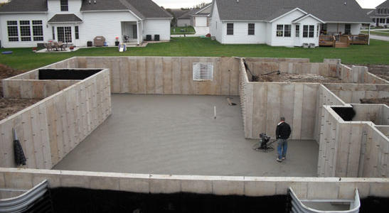 how to fix crack in poured concrete foundation
